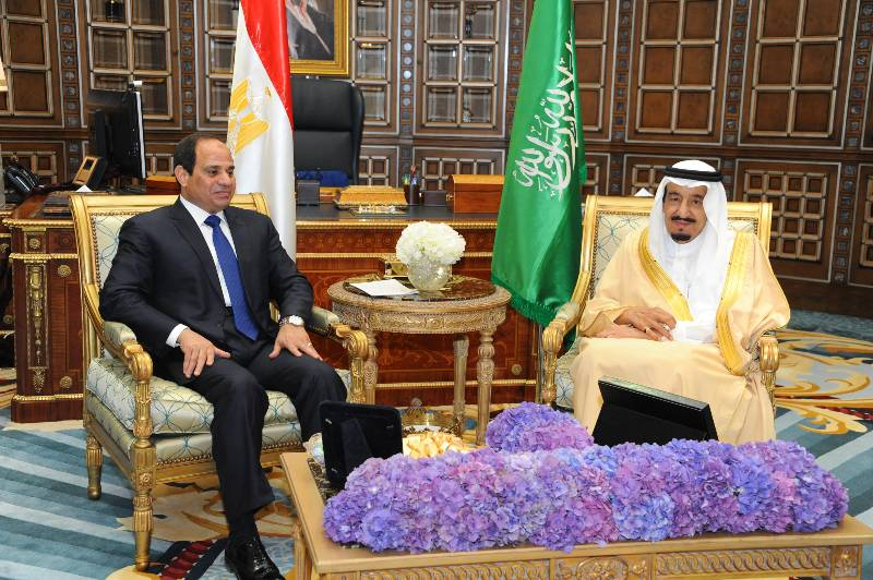 Saudi Arabia's King Salman (R) meets the visiting Egypt's President Abdel Fattah al-Sisi in Riyadh, Saudi Arabia. Visiting Egyptian President Abdel Fattah al-Sisi and Saudi Arabia's King Salman bin Abdulaziz Al Saud held in-depth talks in Riyadh on Sunday over the thorny regional issues, according to Saudi Press Agency. (Xinhua/MENA)