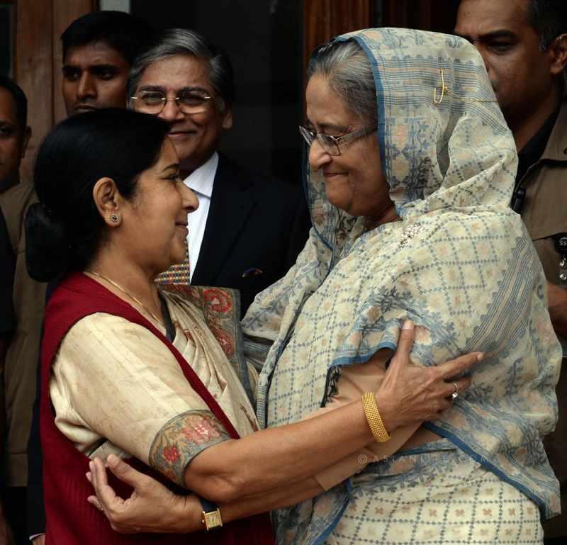 Bangladesh Prime Minister Sheikh Hasina with Indian External Affairs Minister Sushma Swaraj