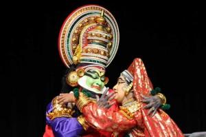 Kerala - Kathakali- Kalamandalam Gopi and Margi Vijayakumar performing Nalacharitham
