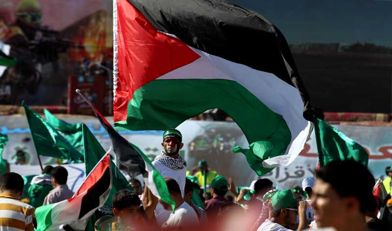Jordanian supporters of Muslim Brotherhood gather in Amman, capital of Jordan on Aug. 8, 2014. Thousands of Muslim Brotherhood members gathered during a rally for solidarity with Palestinians in Gaza. (Xinhua/Mohammad Abu Ghosh)