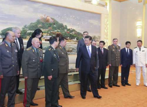 (140828) -- BEIJING, Aug. 28, 2014 (Xinhua) -- Chinese President Xi Jinping (C, front) meets with chiefs of general staff of Shanghai Cooperation Organization (SCO) members in Beijing, capital of China, Aug. 28, 2014. (Xinhua/Ding Lin) (zkr)