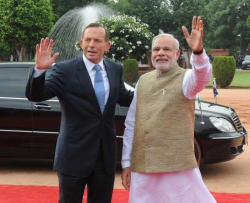The Prime Minister, Shri Narendra Modi with the Prime Minister of Australia, Mr. Tony Abbott, at the Ceremonial Reception, at Rashtrapati Bhavan, in New Delhi on September 05, 2014.