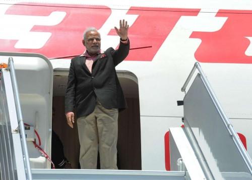 Sydney: Prime Minister, Narendra Modi waves as he arrives in Sydney, Australia on Nov 17, 2014.FILE PHOTO