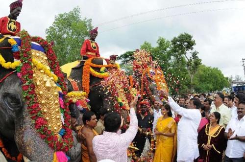 The first batch of five elephants Balarama, Abhimanya, Arjuna, Mary, Varalakshmi lead the traditional 'Gaja Payana' or the march of elephants from Veeranahosahalli to Mysore Palace, in Mysore.FILE PHOTO