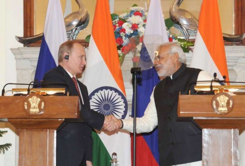 The Prime Minister, Shri Narendra Modi and the President of the Russian Federation, Mr. Vladimir Putin at the joint press statements, in New Delhi on December 11, 2014.