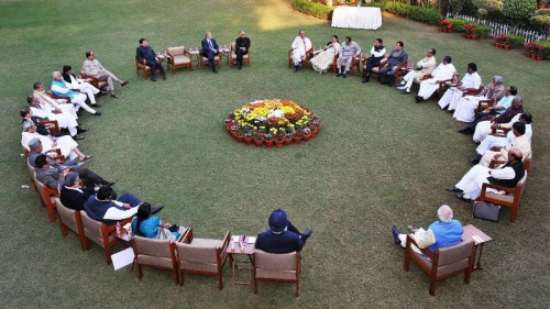 The Prime Minister, Shri Narendra Modi with the CMs at the Retreat at Race Course Road, following the meeting with the CMs on replacing Planning Commission, in New Delhi on December 07, 2014.
