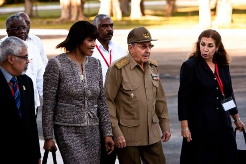 Cuban President Raul Castro and Jamaican Prime Minister Portia Simpson-Miller attend a ceremony marking the 118th anniversary of the fall in combat of General Antonio Maceo and his assistant Panchito Gomez Toro, in Havana, capital of Cuba, Dec 7, 2014. Cuban President Raul Castro and visiting Jamaican Prime Minister Portia Simpson-Mille attended the ceremony.