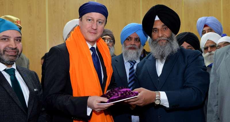 PM visits Leamington Spa Sikh Temple
