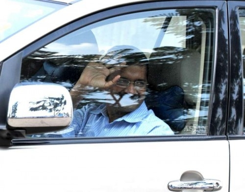 Delhi Chief Minister Arvind Kejriwal arrives at Jindal Naturecure Institute on Tumkur Road, where he will be spending 10 days for treatment of his cough and high blood sugar treatment, in Bengaluru on March 5, 2015.