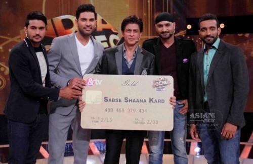 Shah Rukh Khan in India Poochega Sabse Shaana Kaun?