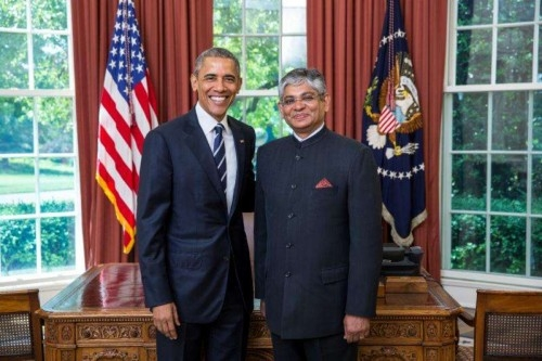 India's new ambassador to the US, Arun Kumar Singh with President Barrack Obama after presenting his credentials in his Oval Office at the White House.