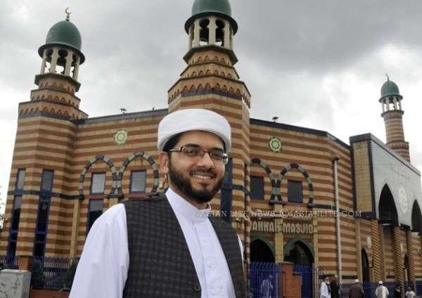 Janab Qari Asim, Imam, Makkah Mosque, Leeds