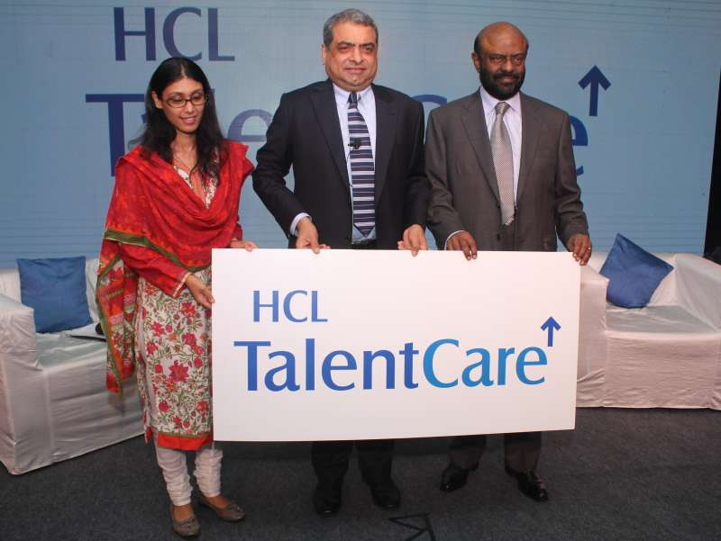 Roshni Nadar Malhotra, Executive Director and CEO of HCL Corporation, (left), Shiv Nadar, Founder, HCL, (right), with Prem Kumar S, Chief Mentor of HCL Talent Care (center) during the launch of integrated talent solution company, HCL Talent Care in New Delhi (File)