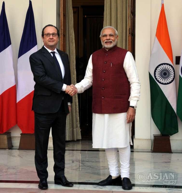 Prime Minister Modi with President Hollande of France