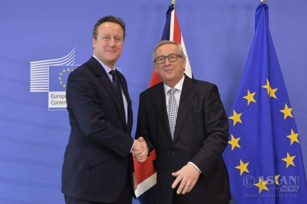David Cameron with President Junker in Brussels