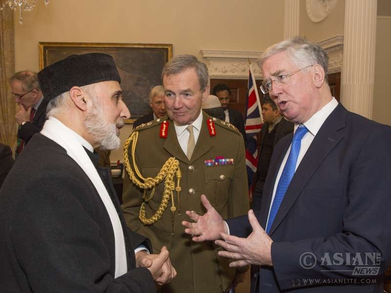 Defence Secretary Michael Fallon today briefed around 30 influential members of British Muslim communities about UK military action against Daesh in Syria and Iraq.
