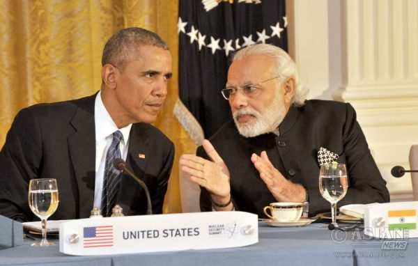 Modi and the President of United States of America (USA), Mr. Barack Obama, at the White House, in Washington DC