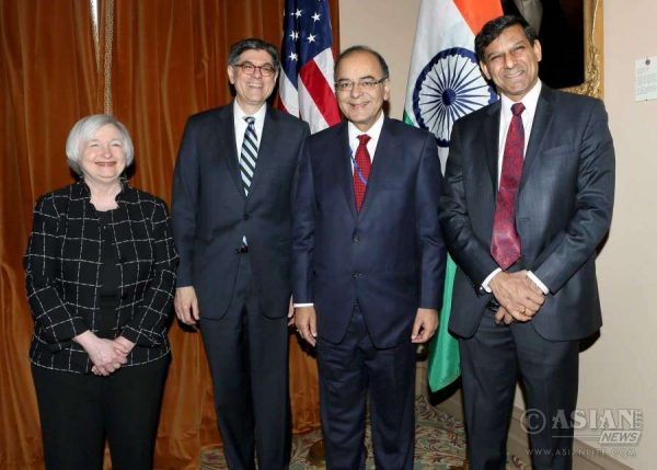 The Chair of the Federal Reserve, Ms. Janet Yellen, the United States Secretary of the Treasury, Mr. Jacob J. Lew, with  Arun Jaitley and RBI Governor Raghuram Rajan