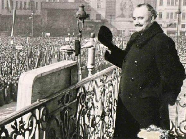 Bulgarian leader Georgi Dimitov addressing a meeting late in his life