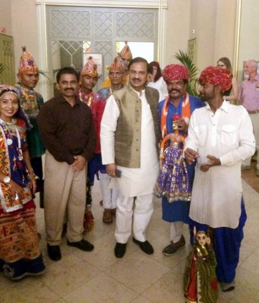 Dr. Mahesh Sharma, Indian  Minister of State for Culture, , Tourism  with the artistes