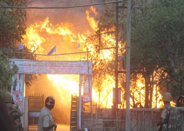 fire breaks out after clashes between police and the encroachers who were being evicted from Jawaharbagh in Mathura
