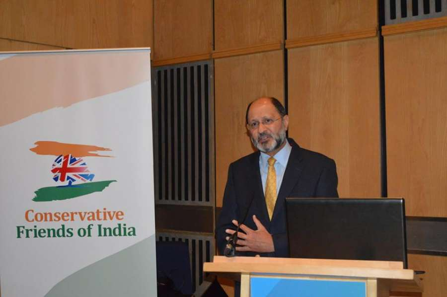Mr Shailesh Vara MP, co-chair of the Conservative Friends of India, addressing the reception