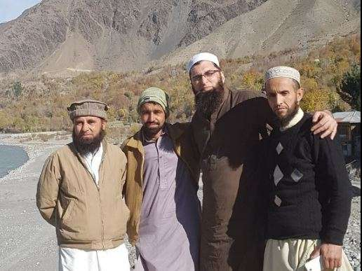Junaid Jamshed with friends