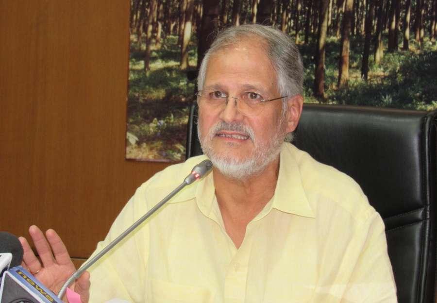 New Delhi: Lieutenant Governor Najeeb Jung addresses a press conference in New Delhi on Aug 4, 2016. (Photo: IANS)