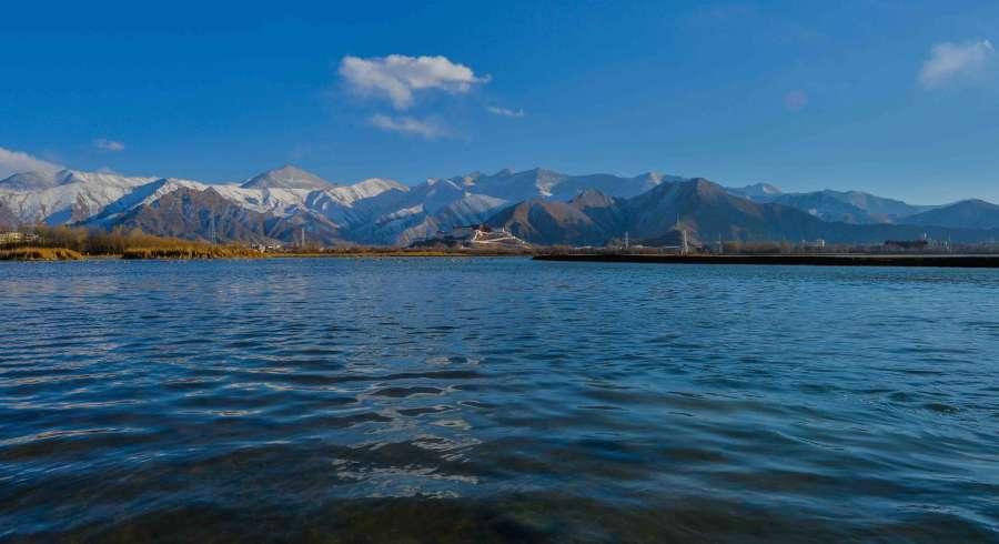 #CHINA-LHASA-SNOWFALL (CN)