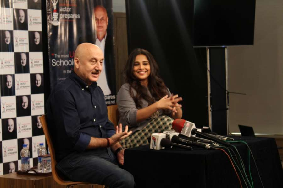 Mumbai: Actress Vidya Balan visits Anupam Kher's acting school to motivate students in Mumbai on Jan 27, 2017. (Photo: IANS) by .