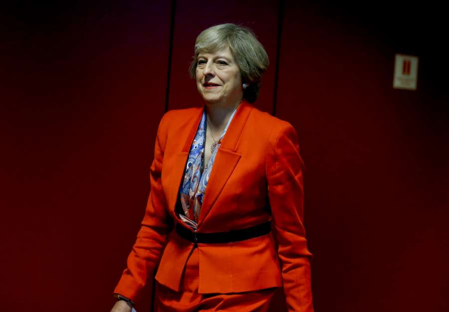 BRUSSELS, Oct. 21, 2016 (Xinhua) -- British Prime Minister Theresa May attends a press conference after the second-day's meeting of EU Summit in Brussels, Belgium, Oct. 21, 2016. (Xinhua/Ye Pingfan/IANS)