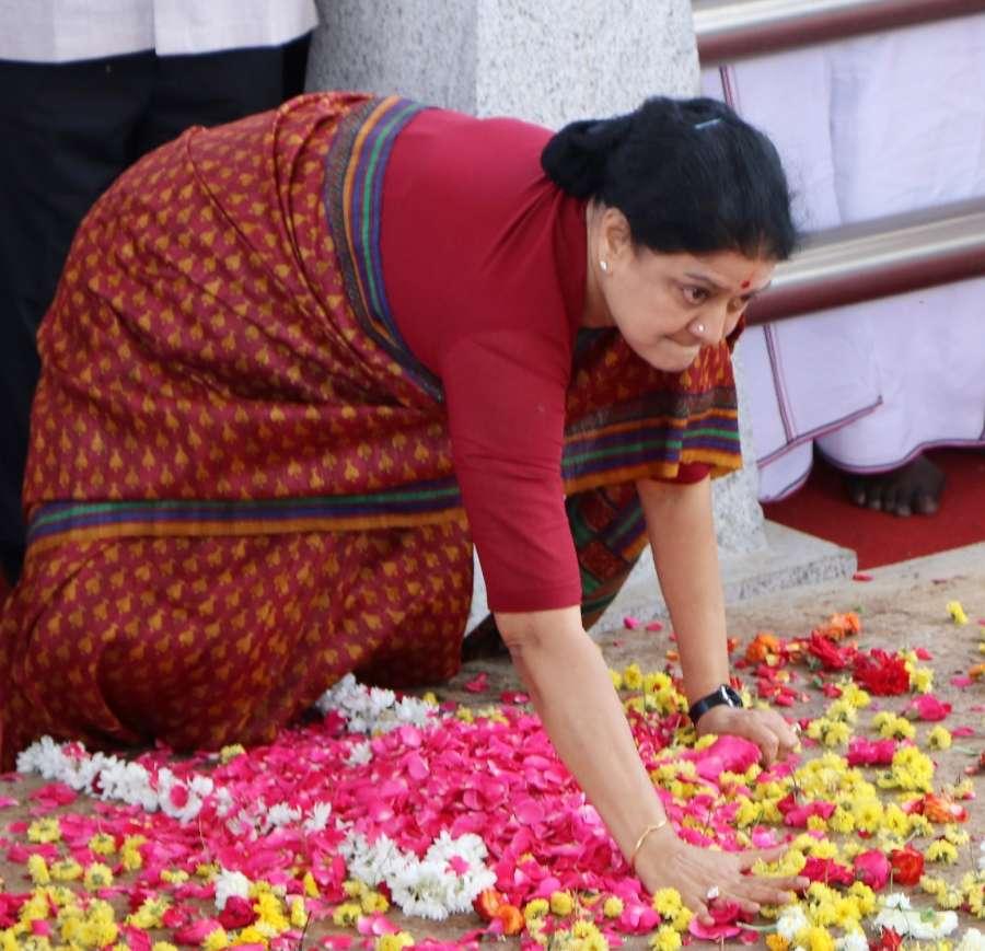 Chennai: AIADMK General Secretary V.K. Sasikala pays tribute at the memorial of Jayalalithaa at Marina beach in Chennai, on Feb 15, 2017. (Photo: IANS) by .