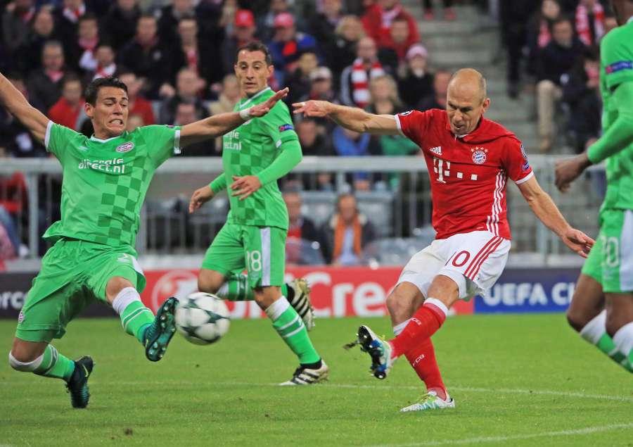 (SP)GERMANY-MUNICH-FOOTBALL-UEFA CHAMPIONS LEAGUE by .