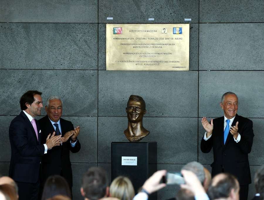 (SP)PORTUGAL-FUNCHAL-AIRPORT RENAMING CEREMONY-CRISTIANO RONALDO by .