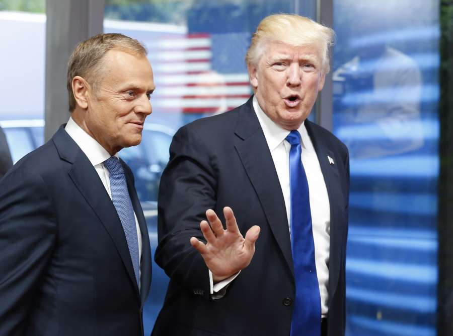 BRUSSELS, May 25, 2017 (Xinhua) -- U.S. President Donald Trump (R) is welcomed by European Council President Donald Tusk upon his arrival at the EU headquarters in Brussels, Belgium, May 25, 2017. (Xinhua/Ye Pingfan/IANS) (zy) by .