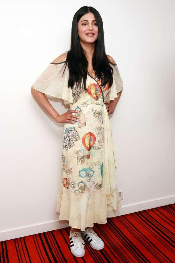 New Delhi: Actress Shruti Haasan during promotions of her forthcoming film `Behen Hogi Teri` in New Delhi, on June 1, 2017. (Photo: Amlan Paliwal/IANS) by .