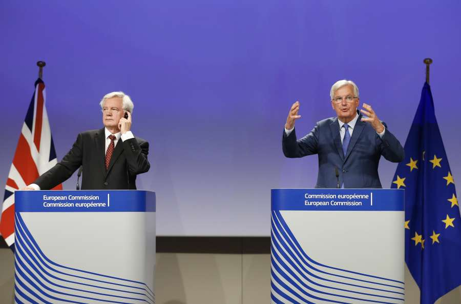 BELGIUM-BRUSSELS-BREXIT TALKS-THIRD ROUND-JOINT PRESS BRIEFING by .