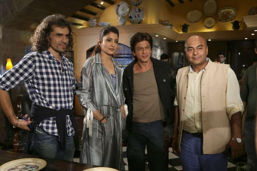 "New Delhi : Filmmaker Imtiaz Ali with actors Anushka Sharma and Shah Rukh Khan during a press conference regarding their upcoming film ""Jab Harry Met Sejal"" in New Delhi, on Aug 2, 2017. (Photo: Amlan Paliwal/IANS) by ."