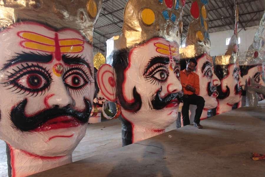 Bhopal: Effigies of Ravana being made ahead of Dussehra in Bhopal on Oct 7, 2016. (Photo: IANS) by .