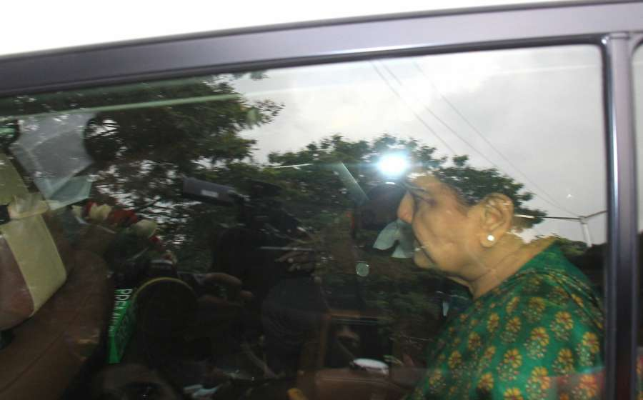 Bengaluru: AIADMK leader Sasikala comes out of Parappana Agrahara Central jail on parole in Bengaluru, on Oct 6, 2017. (Photo: IANS) by .