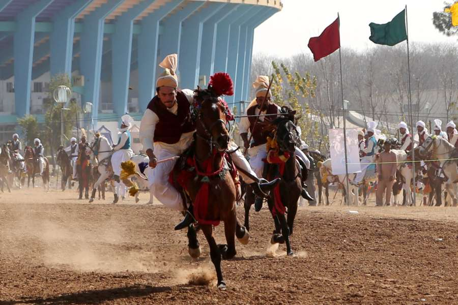 (SP)PAKISTAN-ISLAMABAD-TENT PEGGING COMPETITION by .