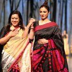 New Delhi: Actress Tabu showcase creations of designer Sanjukta during Lotus Make-Up India Fashion Week Spring Summer 2019 in New Delhi on Oct 12, 2018.(Photo: Amlan Paliwal/IANS) by .