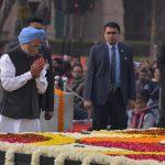 New Delhi: Former Prime Minister Manmohan Singh pays tribute to Mahatma Gandhi on his death anniversary at Raj Ghat in New Delhi onJan. 30, 2019. (Photo: IANS) by .