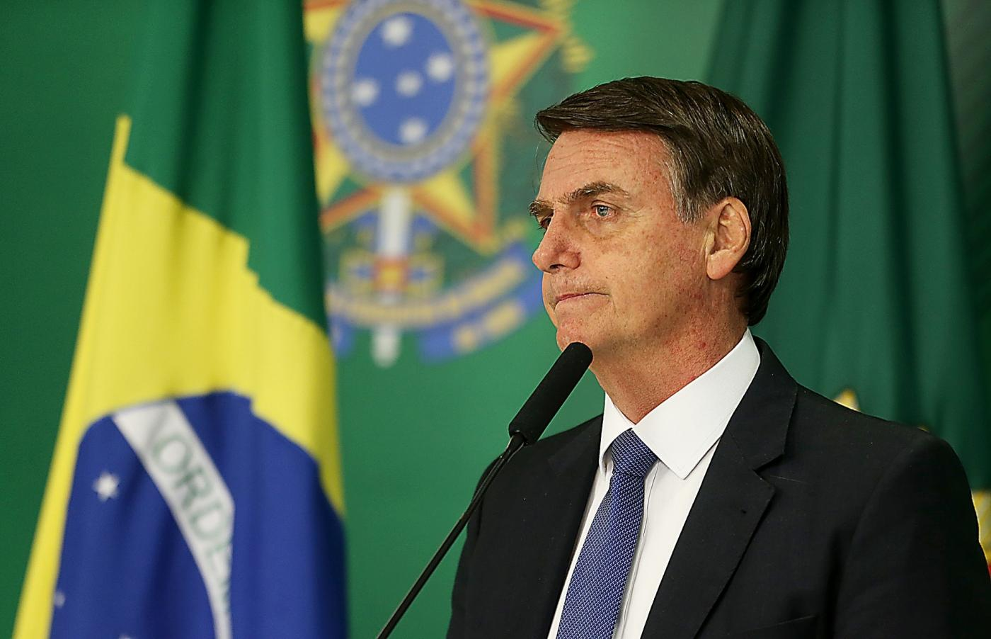 BRASILIA, Jan. 26, 2019 (Xinhua) -- Brazil's President Jair Bolsonaro attends a press conference on the collapse of a dam, at Planalto Palace, in Brasilia, capital of Brazil, on Jan. 25, 2019. At least seven people were killed, nine injured and at least 150 others are missing after a tailings dam collapsed Friday afternoon in southeastern state of Minas Gerais, the state government said Friday evening. (Xinhua/Ernesto Rodrigues/AGENCIA ESTADO/IANS) by .