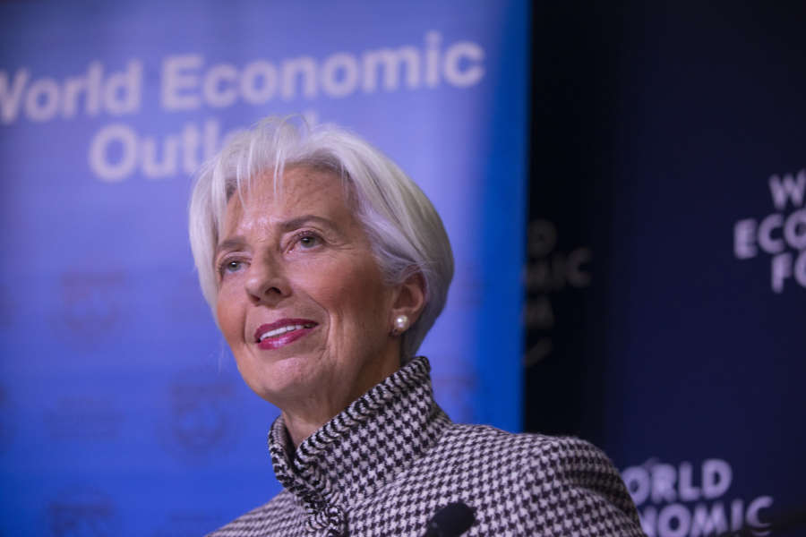 SWITZERLAND-DAVOS-IMF-WORLD ECONOMIC OUTLOOK-LOWER GROWTH FORECAST by .