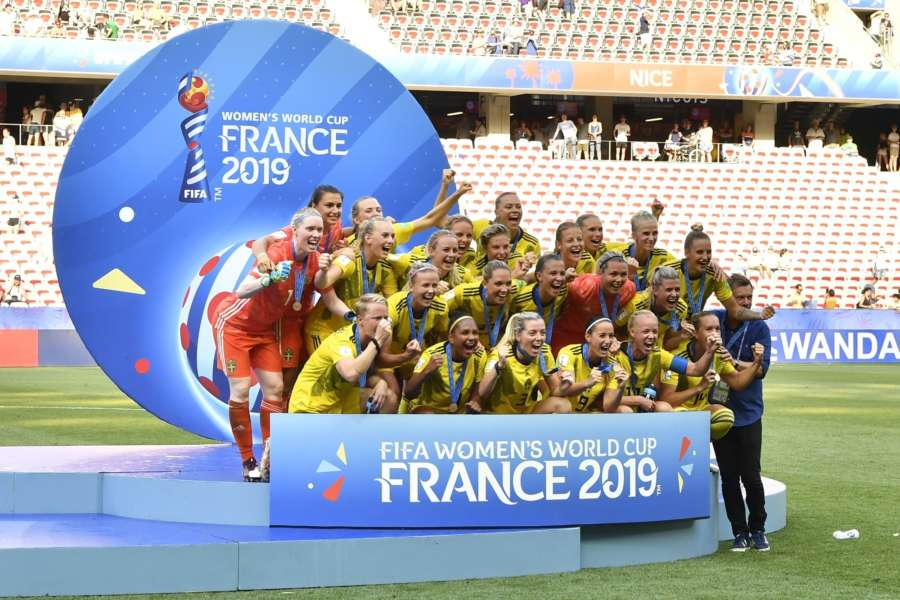 NICE, July 7, 2019 (Xinhua) -- Players of Sweden celebrate during the awarding ceremony after the 3rd place match between England and Sweden at the 2019 FIFA Women's World Cup in Nice, France on July 6, 2019. (Xinhua/Chen Yichen/IANS) by .