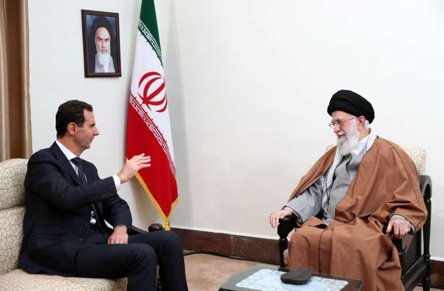 TEHRAN, Feb. 25, 2019 (Xinhua) -- Iran's Supreme Leader Ayatollah Ali Khamenei (R) meets with visiting Syrian President Bashar al-Assad in Tehran, Iran, on Feb. 25, 2019. Iran's Supreme Leader Ayatollah Ali Khamenei said on Monday that Iran takes pride in helping the Syrian government and people. (Xinhua/Iran's Supreme Leader office/IANS) by .