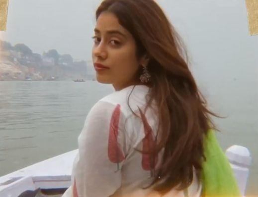 Janhvi Kapoor is missing Varanasi amid lockdown. by .