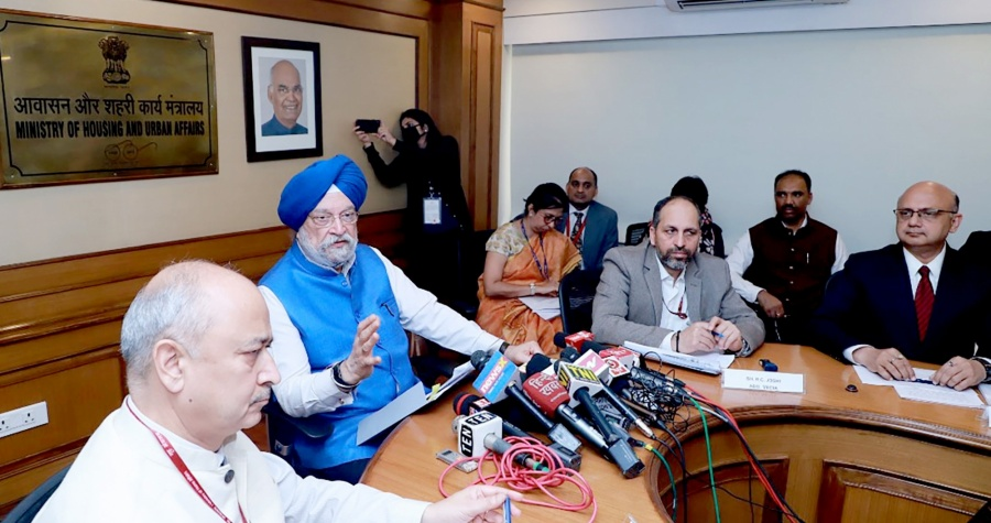 New Delhi: Union MoS Housing & Urban Affairs, Civil Aviation (Independent Charge) and Commerce & Industry Hardeep Singh Puri addresses a press conference on Coronavirus related issues, in New Delhi on March 6, 2020. (Photo: IANS/PIB) by .