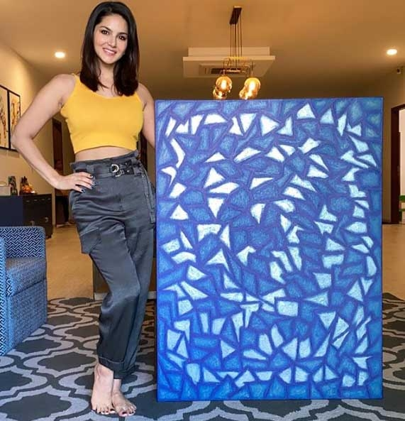Sunny Leone finishes 'lockdown piece of art'. by .